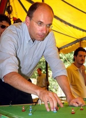 Enrico-Letta-primer-ministro-italia-subbuteo